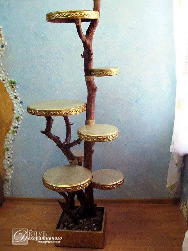 Полка напольная из дерева для цветов